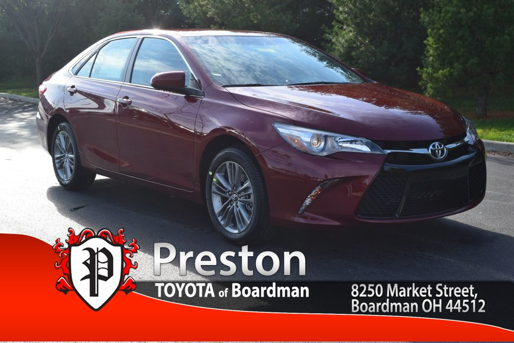 new 2017 toyota camry se 4d sedan in boardman t17262. Black Bedroom Furniture Sets. Home Design Ideas